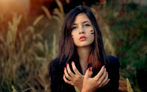 Picture brunette, girl, hands
