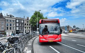 Picture the city, Amsterdam, bus
