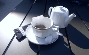 Picture cup, sugar, tea, teapot, saucer