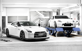 Picture 370z, two, garage, white, Nissan, Nissan, tuning, lift, gt-r