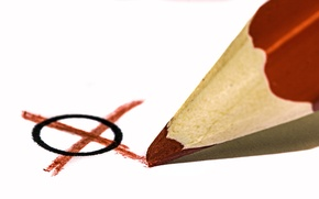 Picture pencil, cross, toe