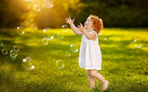 Picture greens, summer, grass, joy, happiness, childhood, emotions, dress, bubbles, girl, curls