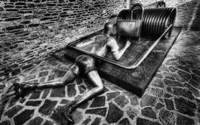 Picture people, mousetrap, sculpture