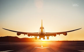 Picture Dawn, The rise, Lufthansa, Boeing 747-8