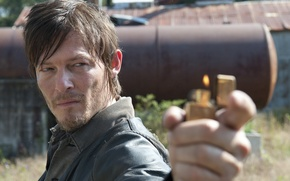 Picture look, lighter, The Walking Dead, The walking dead, Daryl Dixon, Daryl Dixon