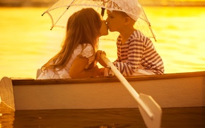 Picture children, river, boat, kiss, umbrella, pair, friends, umbrella, kiss, friends, children