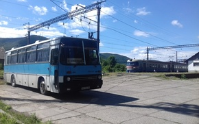 Picture blue, train, ukraine, traffic, bus, transport, rail, old transportations, perechin, ikarus