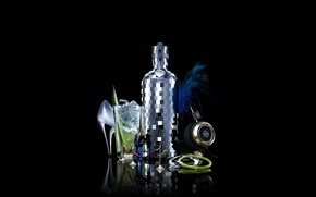 Picture bottle, glamour, club, black background