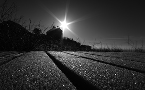 Wallpaper the sun, rays, Road, black and white, house