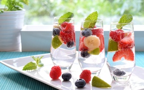 Picture berries, raspberry, glasses, strawberry, lime, banana, drinks, mint, blueberries