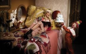 Picture girl, music, bed, clown, cake, singer, Britney Spears, Britney Spears, pop