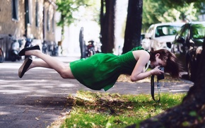 Picture girl, street, cameras, gravity