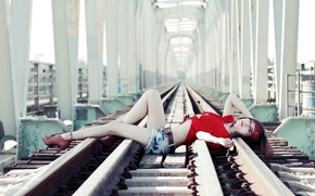 Picture girl, railroad, Asian