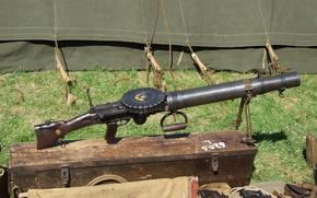 Picture Britain, Machine gun, Lewis gun, The Lewis Gun