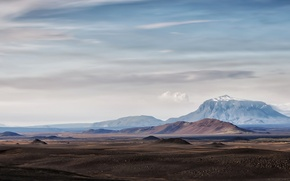 Picture the sky, clouds, mountains, horizon, desert