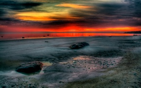 Picture sea, the sky, clouds, stones, shore, tide, hdr, glow