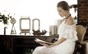 Picture girl, mood, book