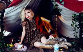 Picture Breakfast, photoshoot, Tavi Gevinson, Lula magazine, crackers