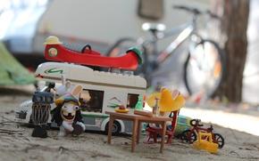 Picture Rabbids, eda, caravan, velosiped, stol