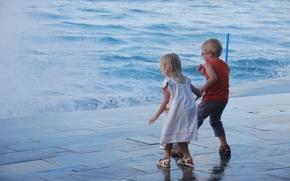 Picture sea, water, children