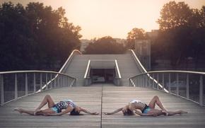Picture bridge, the city, grace, costumes, gymnasts