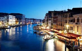 Picture people, building, home, boats, the evening, lighting, lights, Italy, Venice, cafe, architecture, Italy, gondola, Venice, ...