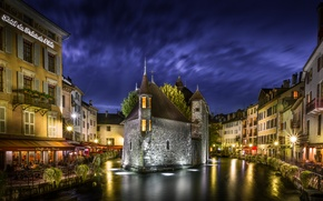 Wallpaper France, Annecy, Palais de l'isle, people, the hotel, channel, night, the sky, clouds