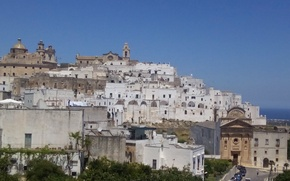 Picture the sky, home, Italy, Ostuni