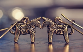 Picture macro, love, earrings, horse, jewelry, bronze, horses