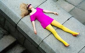Picture girl, blonde, the parapet, sunglasses
