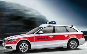 Picture Audi, ambulance