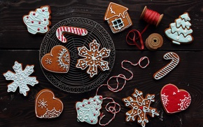 Picture winter, snowflakes, New Year, cookies, Christmas, hearts, house, figures, cakes, holidays, herringbone, glaze, Christmas