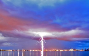 Picture clouds, the city, Lightning