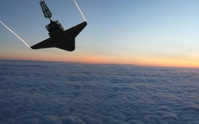 Picture CLOUDS, FLIGHT, SHUTTLE, The DESCENT, EARTH, SURFACE
