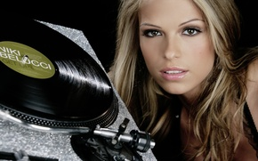Picture girl, vinyl, dj