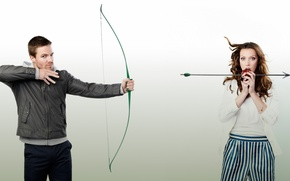 Picture Arrow, Arrow, Stephen Amell, Katie Cassidy