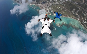 Picture beach, clouds, boats, glasses, parachute, container, helmet, camera, reef, pilots, extreme sports, formation, Marina, wingsuit