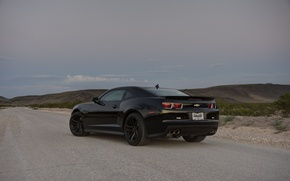 Picture road, grass, black, slope, wheels, Chevrolet, black, camaro, rear view, chevrolet, Camaro, zl1, black rims, ...
