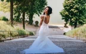 Picture girl, joy, back, laughter, dress, the bride