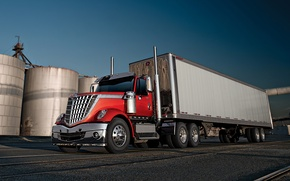 Picture the sky, truck, International, the front, track, tractor, Trak, LoneStar, International