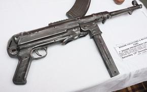 Wallpaper war, the gun, world, Second, times, MP 40
