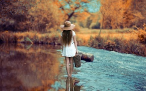 Picture girl, river, the way, hat, dress.suitcase