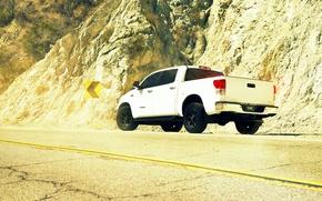 Picture desert, white, pickup, toyota, Toyota, tundra