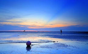 Picture sea, the sky, clouds, sunset, the evening, tide, photographer