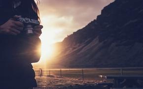 Picture the sun, camera, photographer