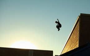 Picture the sky, the sun, the city, Sport, roof, guy, parkour