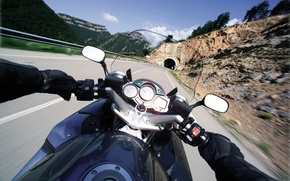 Picture road, the tunnel, yamaha