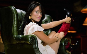 Wallpaper look, girl, smile, chair, leather, actress, Olivia Wilde, Olivia Wilde