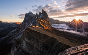 Picture the sun, light, mountains, rocks, Alps