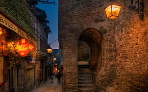 Picture lights, portal, night, France, evening, street, people, houses, signs, street lights, lamps, stairs, arch, Mont ...